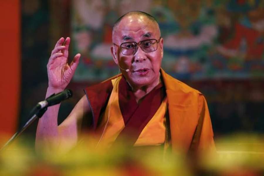 dalai-lama-rebuffs-trumps-proposed-wall-during-speech-in-hyderabad-pg-2017-02-15-14-00.jpg